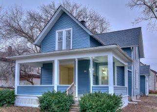 Pre Foreclosure in Oconomowoc 53066 S SILVER LAKE ST - Property ID: 992782988