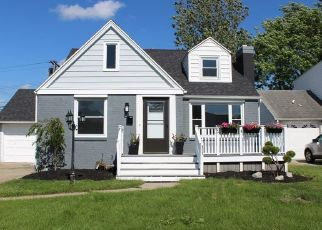 Pre Foreclosure in Tonawanda 14150 CORNWALL AVE - Property ID: 992899471
