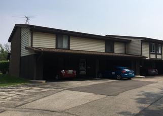 Pre Foreclosure in Palos Hills 60465 COUR VERSAILLE - Property ID: 993247218