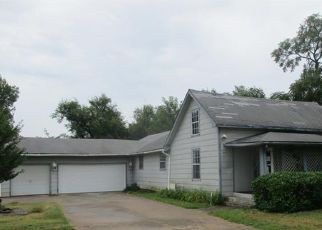Pre Foreclosure in Tulsa 74110 N LEWIS AVE - Property ID: 993602423