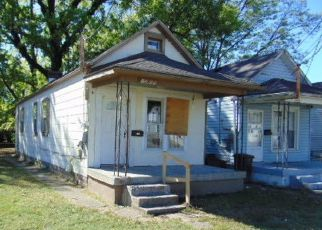 Pre Foreclosure in Louisville 40215 SEELBACH AVE - Property ID: 994630792