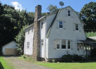 Pre Foreclosure in Stony Point 10980 BREWSTER AVE - Property ID: 994958390