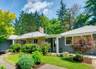 Pre Foreclosure in Lake Oswego 97034 WEMBLEY PARK RD - Property ID: 995043353