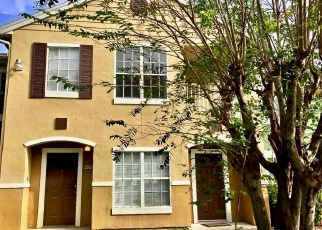 Pre Foreclosure in Orlando 32811 S KIRKMAN RD - Property ID: 997015555