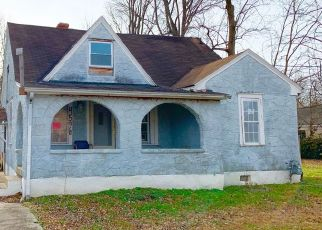 Pre Foreclosure in Louisville 40258 CRAWFORD AVE - Property ID: 998061436