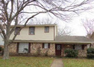 Sheriff Sale in Dallas 75228 RIDGEFROST CIR - Property ID: 70076074772