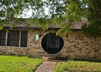 Sheriff Sale in Houston 77029 MUSCATINE ST - Property ID: 70096306537