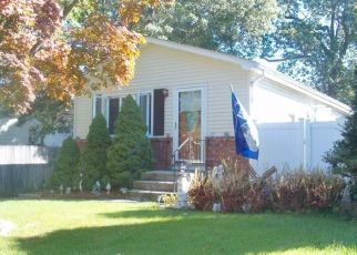 Sheriff Sale in Lake Grove 11755 BEECH ST - Property ID: 70147988792