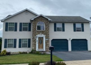 Sheriff Sale in Whitehall 18052 FOXDALE DR - Property ID: 70149467380