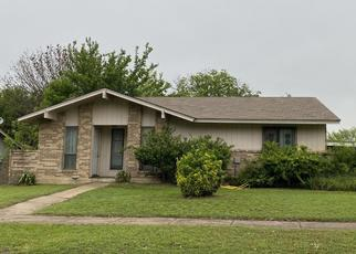 Sheriff Sale in Hutchins 75141 OAK CREEK DR - Property ID: 70156321229