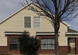 Sheriff Sale in Dallas 75217 GLEN VISTA DR - Property ID: 70157185362