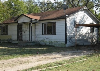 Sheriff Sale in Corsicana 75110 E COLLEGE AVE - Property ID: 70164333987
