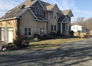 Sheriff Sale in Parsippany 07054 S BEVERWYCK RD - Property ID: 70165327288