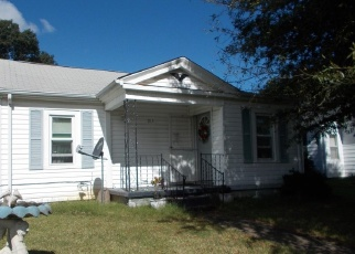 Sheriff Sale in Altavista 24517 PARK ST - Property ID: 70165621617