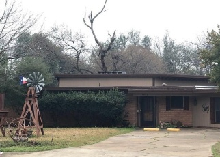 Sheriff Sale in North Richland Hills 76180 HOLIDAY LN W - Property ID: 70166631582