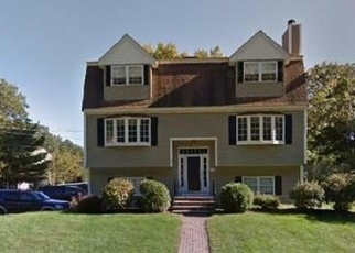Sheriff Sale in Wilmington 01887 WALNUT ST - Property ID: 70168194265