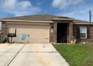 Sheriff Sale in San Antonio 78222 MEDIA MDW - Property ID: 70169739447