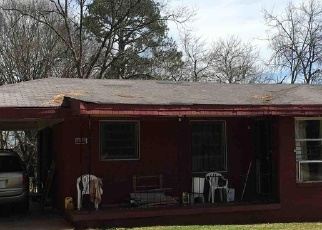 Sheriff Sale in Decatur 30032 MIRIAM LN - Property ID: 70173670256