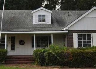 Sheriff Sale in Longview 75601 JUDSON RD - Property ID: 70174070572