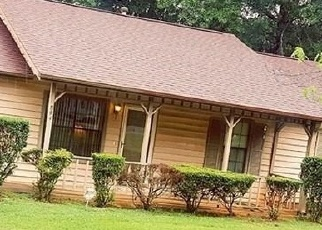 Sheriff Sale in Stone Mountain 30088 LAKE WATCH DR - Property ID: 70174245317