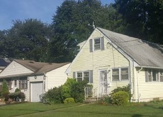 Sheriff Sale in Plainfield 07060 SLOANE BLVD - Property ID: 70175580260