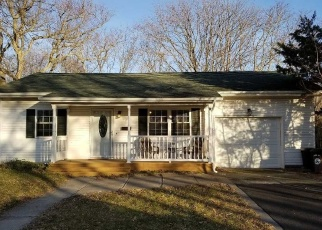 Sheriff Sale in Patchogue 11772 RIVER AVE - Property ID: 70178776156