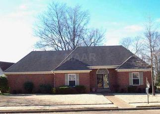 Sheriff Sale in Memphis 38125 BRADFIELD RUN - Property ID: 70179613123