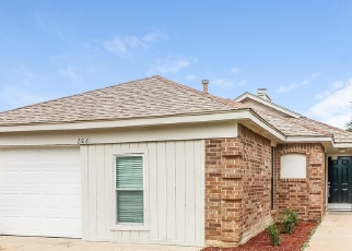 Sheriff Sale in Fort Worth 76133 BUTTERFIELD DR - Property ID: 70180330985