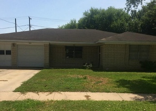Sheriff Sale in El Campo 77437 LINDALE ST - Property ID: 70180343229