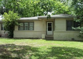 Sheriff Sale in Hitchcock 77563 W BAYOU DR - Property ID: 70182423166