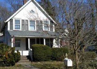 Sheriff Sale in Centerport 11721 PROSPECT RD - Property ID: 70182819990