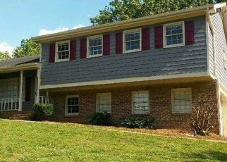 Sheriff Sale in Snellville 30039 CASTLE GATE DR - Property ID: 70183437525