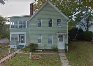 Sheriff Sale in Fitchburg 01420 SUMMER ST - Property ID: 70184562684
