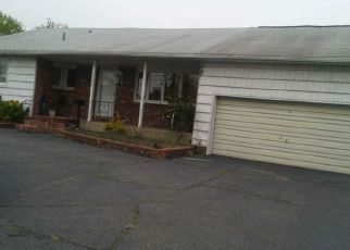 Sheriff Sale in West Babylon 11704 HERZEL BLVD - Property ID: 70185518332