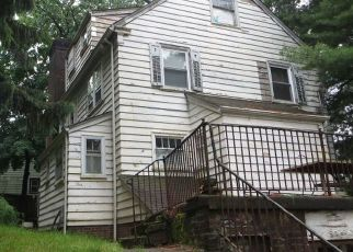 Sheriff Sale in Paterson 07514 MANOR RD - Property ID: 70185862136
