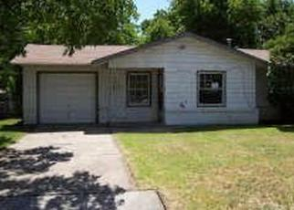 Sheriff Sale in Fort Worth 76115 LUBBOCK AVE - Property ID: 70187716976