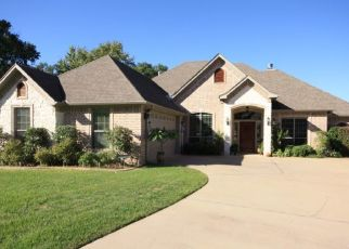 Sheriff Sale in Tyler 75703 CARRIAGE DR - Property ID: 70187784867