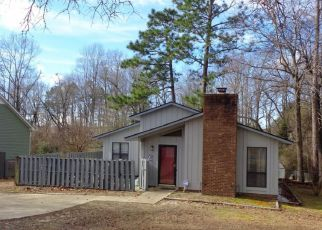 Sheriff Sale in Fayetteville 28304 LAKEHAVEN DR - Property ID: 70188355531