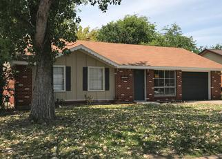 Sheriff Sale in Fort Worth 76119 LAURETTA DR - Property ID: 70188727816
