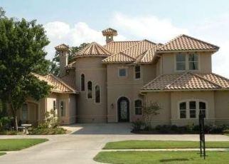 Sheriff Sale in Colleyville 76034 GLADE RD - Property ID: 70188728238