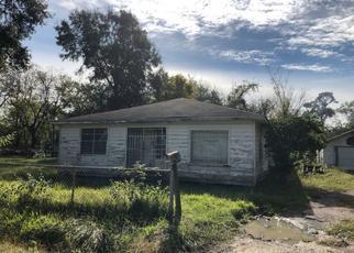 Sheriff Sale in Houston 77016 JONES ST - Property ID: 70189165794