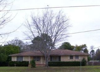 Sheriff Sale in Palestine 75801 INWOOD DR - Property ID: 70191895682