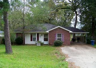Sheriff Sale in Lufkin 75904 HENDERSON ST - Property ID: 70192196113