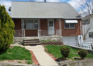 Sheriff Sale in Paterson 07502 SHERWOOD AVE - Property ID: 70192648554