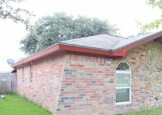 Sheriff Sale in Groves 77619 LITTLE JOHN LN - Property ID: 70192969591