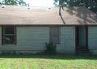 Sheriff Sale in Dallas 75211 BURNS AVE - Property ID: 70193099670