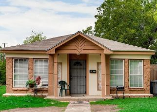 Sheriff Sale in Dallas 75203 NORFOLK AVE - Property ID: 70193118499