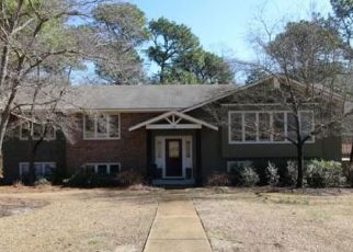 Sheriff Sale in Hope Mills 28348 CYPRESS LAKES CIR - Property ID: 70195003536