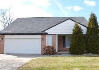Sheriff Sale in Sterling Heights 48312 ESPER DR - Property ID: 70195084564