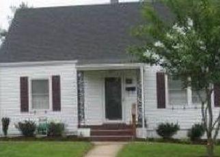 Sheriff Sale in Roanoke 24015 MAIDEN LN SW - Property ID: 70197328753
